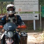 02 ktm 950 SE Dean and Thai signs